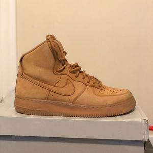 Nike Shoes - Air Force 1 Mid-Wheat